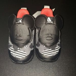 MICKEY MOUSE ADIDAS SIZE 10